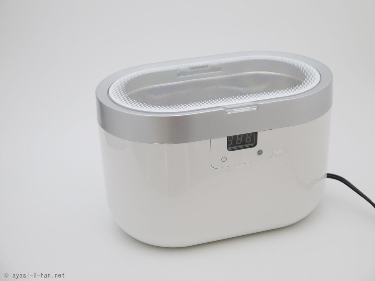 メガネとかシェーバーの刃が水だけでキレイになる。超音波洗浄機がけっこうスゴい。
